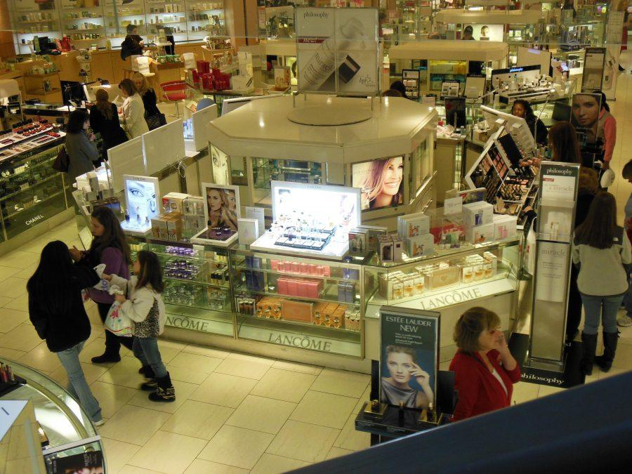 Macys+beauty+department+is+filled+with+advertisements+for+make+up%2C+skincare%2C+and+perfume+directed+at+shoppers.+Molly+Geisinger+15