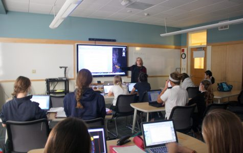 Newly renovated classrooms provide a different learning style in freshman World History and in other classrooms at Convent of the Sacred Heart. Kim Smith '15