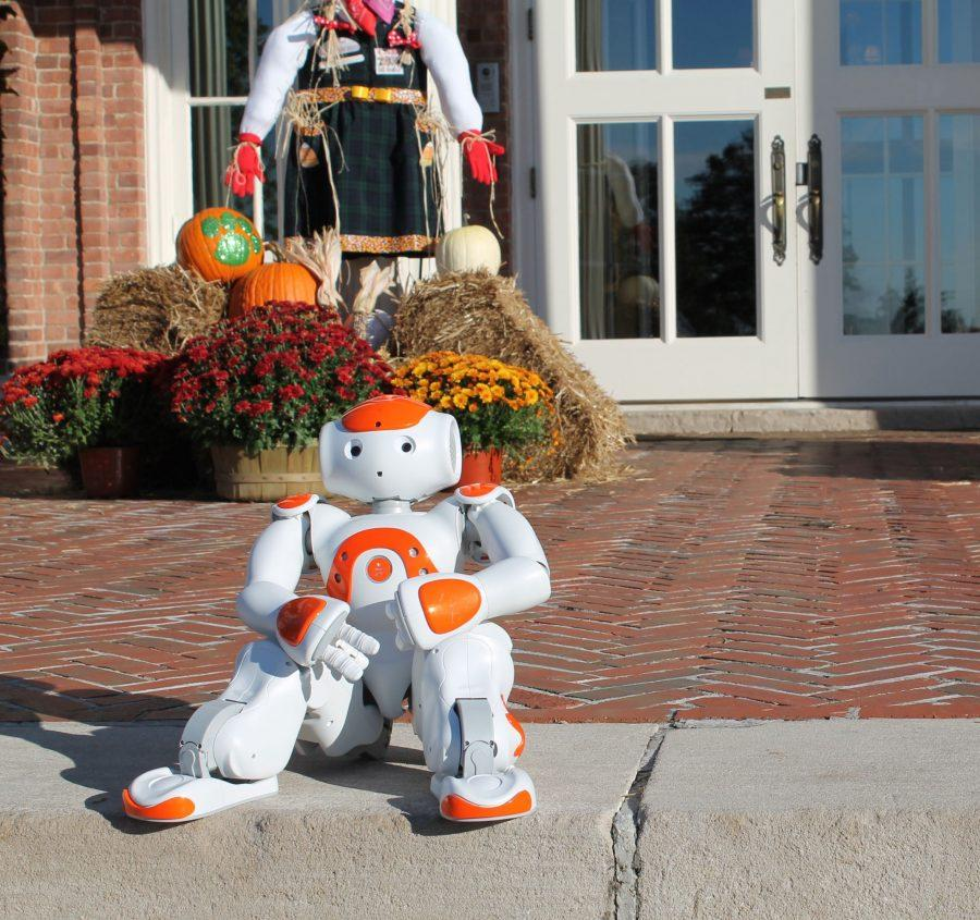 The+Robotics+elective%27s+newest+member%2C+Storm%2C+arrives+in+the+midst+of+the+school+year%27s+theme+of+inspiration.%0AMolly+Geisinger+%2715.