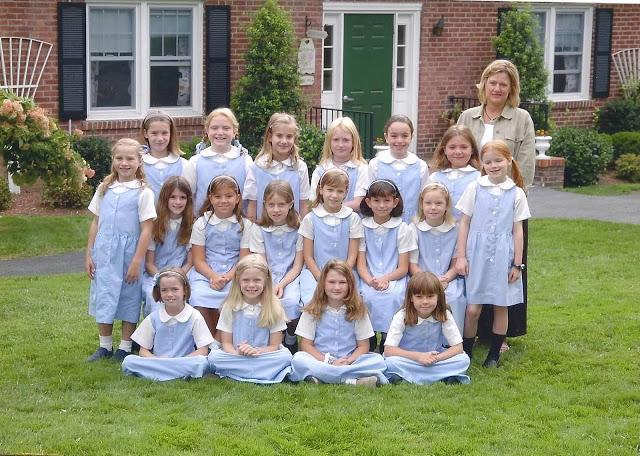 Some+of+the+Convent+of+Sacred+Heart+Class+of+2013+Lifers+in+their+first+grade+class+photo.%0AGrace+Isford+%2715