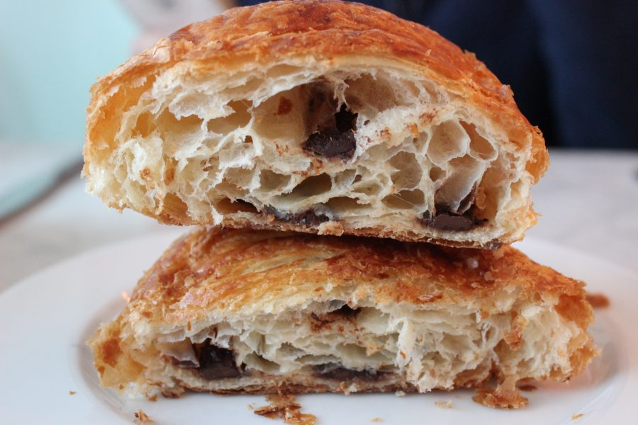 The+fluffy+and+buttery+chocolate+croissant+from+Bistro+Versailles.%0AKarina+Badey+%2719