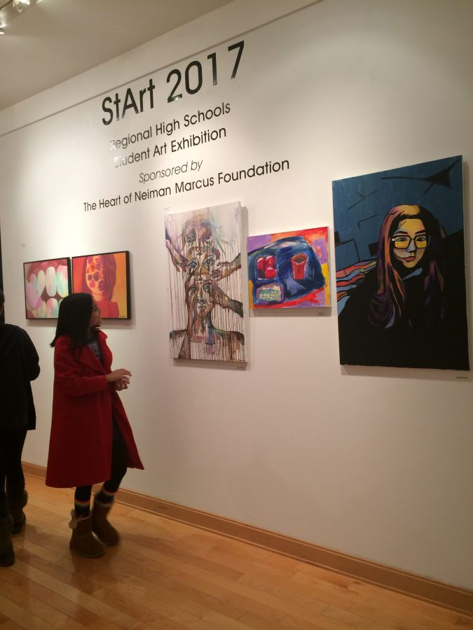 Students%2C+families%2C+and+locals+of+Westchester+gather+to+observe+the+work+of+talented+artists+at+the+StArt+exhibit.+Christina+Weiler+%2717