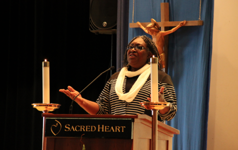 In addition to celebrating the legacy of Dr. Martin Luther King, Jr. with Convent of the Sacred Heart today, civil rights activist Ms. Lulu Westbrooks-Griffin shared the story of her unfair arrest in the segregated Southern society of 1963. Gabby Giacomo '15
