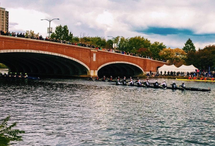 Heart+Coeur+rowing+under+the+Eliot+Bridge+towards+the+end+of+the+race.%0ACourtesy+of+Colleen+Deconcini+%2716