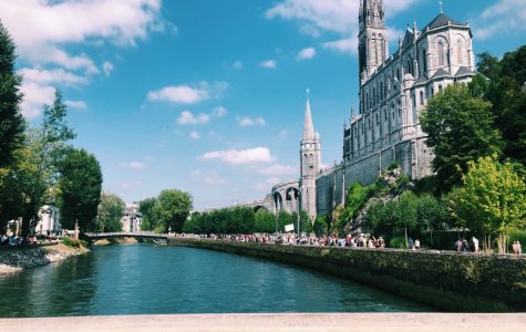 The beauty of Lourdes beyond the Heart