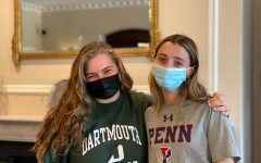 Humans of Sacred Heart - Izzy DeVita 21 and Piper Gilbert 21